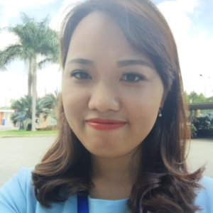 Emily Hương